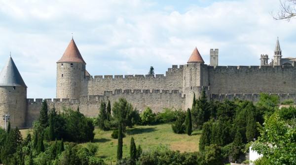 castle-exterior-one-600x334